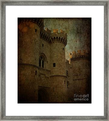 The King's Medieval Layer Framed Print by Lee Dos Santos