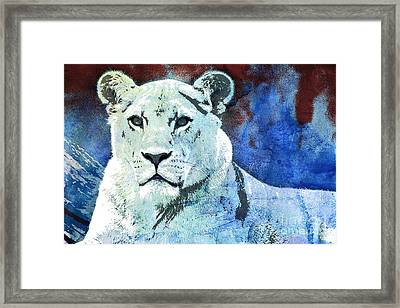 The King's Wife Framed Print by Jutta Maria Pusl