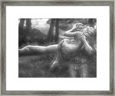 The Kiss By Charles Umlauf Framed Print by John Gusky