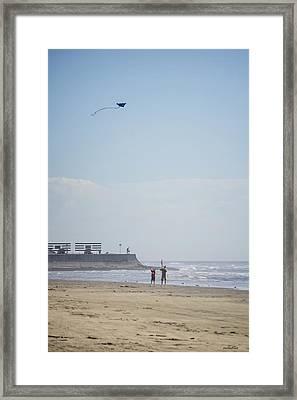 The Kite Fliers Framed Print by Allen Sheffield