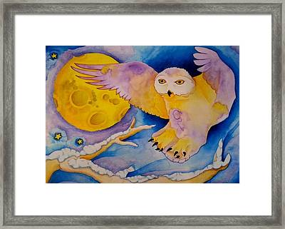 The Landing Of Snowy Owl Framed Print