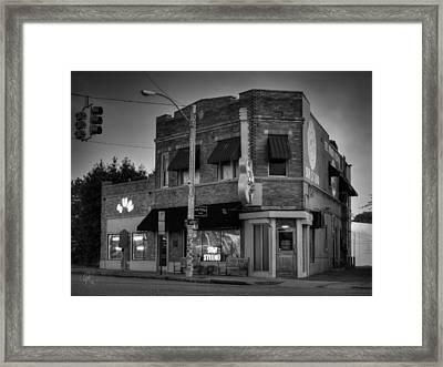 The Legendary Sun Studio 003 Bw Framed Print by Lance Vaughn