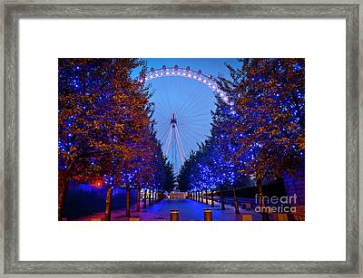The London Eye At Night Framed Print by Donald Davis
