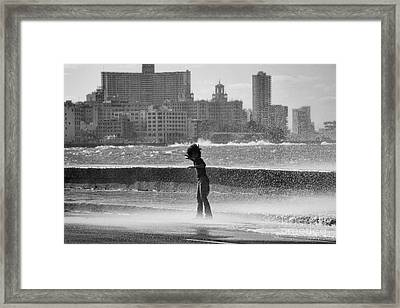 The Malecon - Havana - Cuba Framed Print by Rod McLean