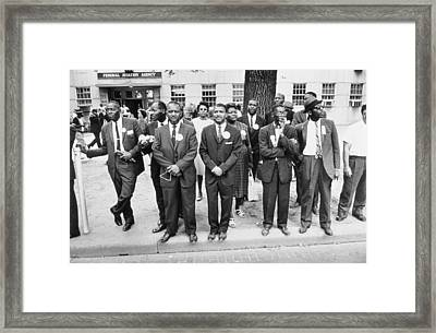 The March On Washington  Federal Aviation Agency Workers Watch The Marchers On Constitution Avenue Framed Print by Nat Herz