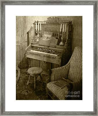 Framed Print featuring the photograph The Music Parlor by Pete Hellmann