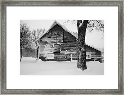 The Old Barn Framed Print by Julie Lueders