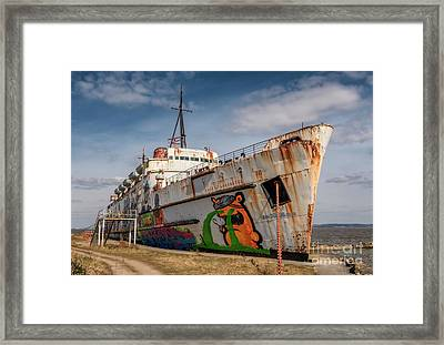 Framed Print featuring the photograph The Old Duke by Adrian Evans