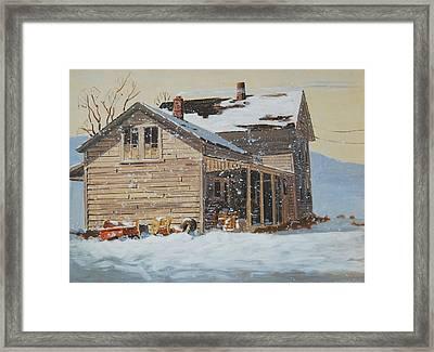 the Old Farm House Framed Print by Len Stomski