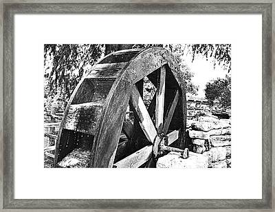 The Old Waterwheel Framed Print by Ray Shrewsberry