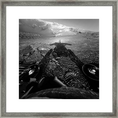 The Opportunity Rover On The Edge Framed Print