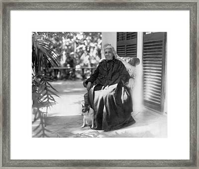The Queen Of Hawaii Framed Print by Underwood Archives