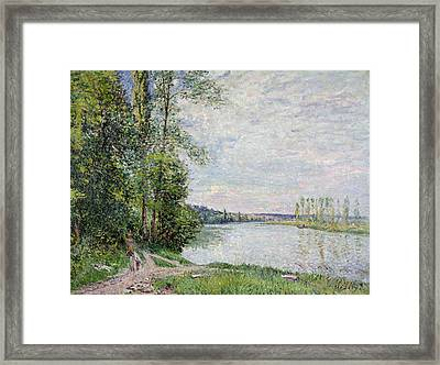 The Riverside Road From Veneux To Thomery Framed Print by Alfred Sisley