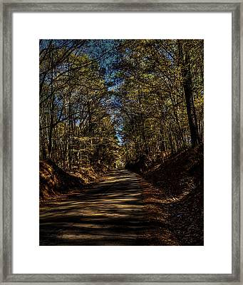 The Road Home Framed Print by Thomas Warner