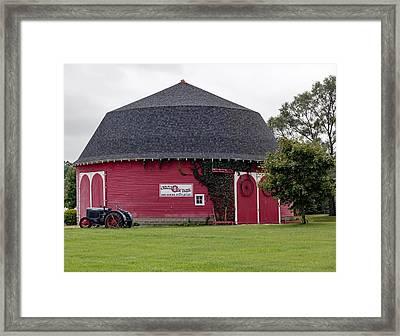 The Round Barn Framed Print by L O C