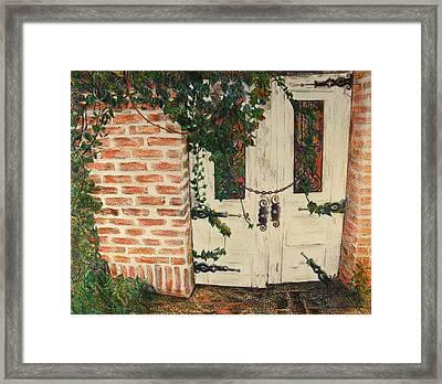 The Secret Garden Framed Print by Lois Guthridge