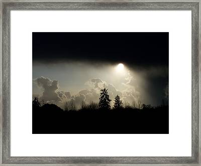 The Storm Looms Framed Print by Laurie Kidd