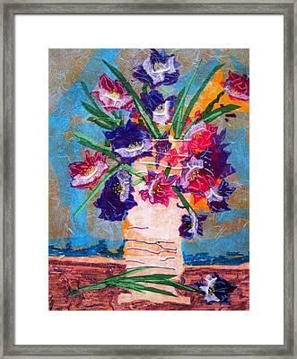 The Vase Framed Print by David Raderstorf