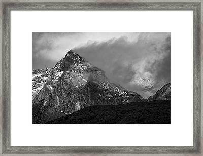 The Veiled Vale Framed Print by Ian Riddler