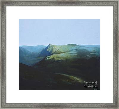 The View From Mount Tron Framed Print by Lin Petershagen