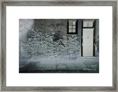 Framed Print featuring the photograph The Wall by Douglas Stucky