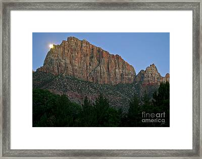 Framed Print featuring the photograph The Watchman And The Moon by Suzette Kallen