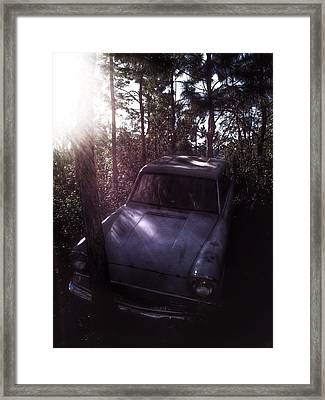 The Weasley's Fly Car  Framed Print by Luis Rosario