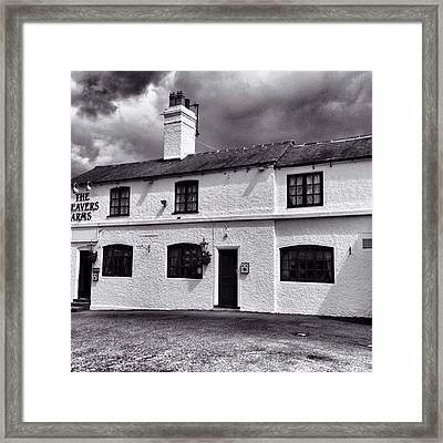 The Weavers Arms, Fillongley Framed Print by John Edwards
