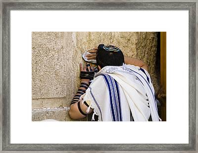 The Western Wall, Jewish Man Wearing Framed Print by Richard Nowitz