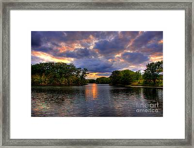 Thomas Lake Park In Eagan On A Glorious Summer Evening Framed Print