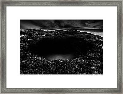 Thor's Well Black And White Framed Print