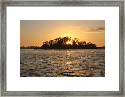 Three Sisters Sunset Framed Print by Tara Moorman Photography