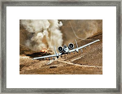 Thunderstruck Framed Print by Peter Chilelli
