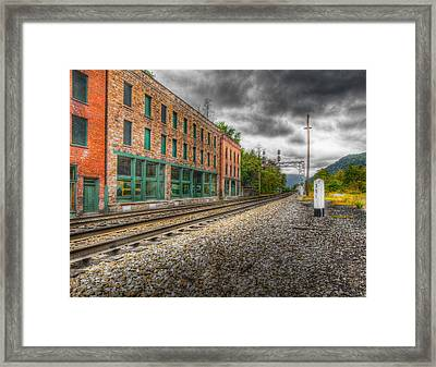 Thurmond West Virginia Hdr Framed Print by John Mueller