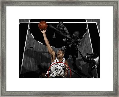 Tim Duncan 5s Framed Print