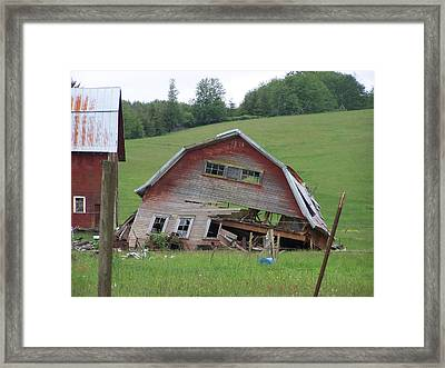 Tired Old Barn  Washington State Framed Print by Laurie Kidd
