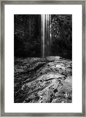 Framed Print featuring the photograph To Fall by Yuri Santin