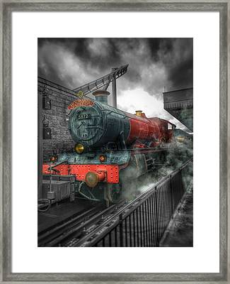 To Hogwarts  Framed Print by Luis Rosario