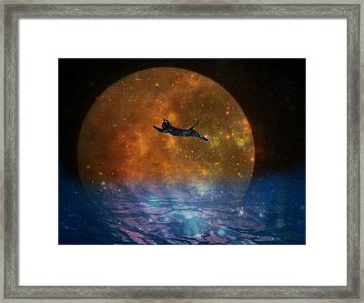 To The Moon And Back Cat Framed Print