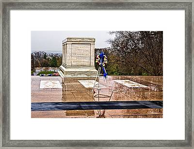 Tomb Of The Unknown Soldiers Framed Print by Christopher Holmes