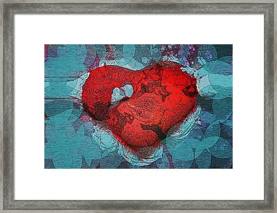 Tough Love Framed Print by Linda Sannuti