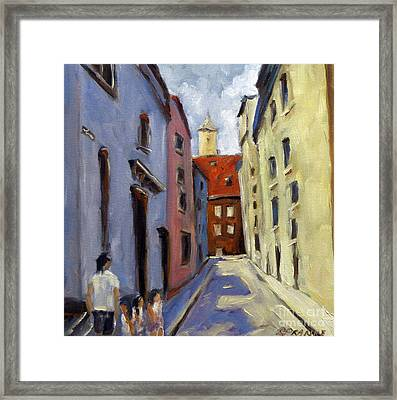Tour Of The Old Town Framed Print by Richard T Pranke