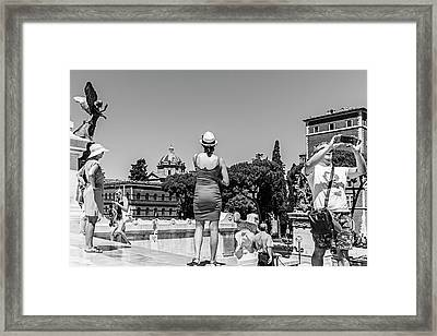 Tourists In Rome Framed Print by Ute Herzog
