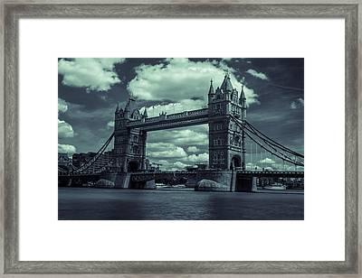 Tower Bridge Bw Framed Print