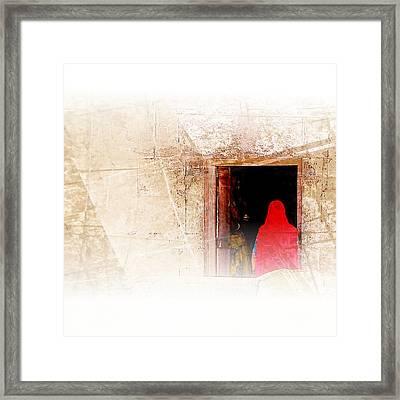 Travel Exotic Women Portrait Mehrangarh Fort India Rajasthan 1a Framed Print
