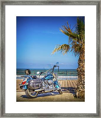 Trip To The Sea. Framed Print by Gary Gillette