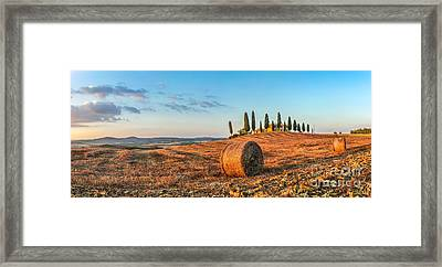 Tuscany Landscape With Farm House At Sunset, Val D'orcia, Italy Framed Print by JR Photography