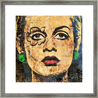 Twiggy Lawson Pop Framed Print by Otis Porritt