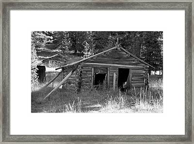 Two Cabins One Outhouse Framed Print by Richard Rizzo