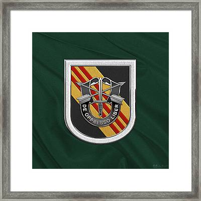 U. S.  Army 5th Special Forces Group Vietnam - 5 S F G  Beret Flash Over Green Beret Felt Framed Print by Serge Averbukh